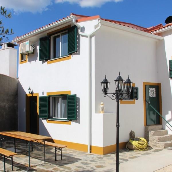 Casa do Castanheiro - Carregais